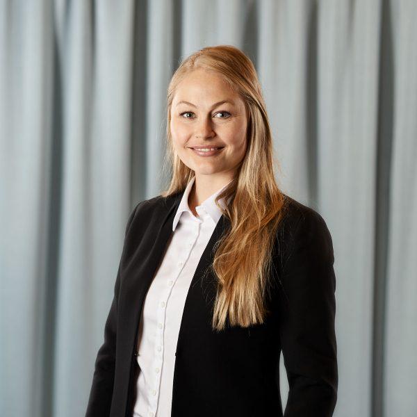 Anna Remgård, biträdande jurist