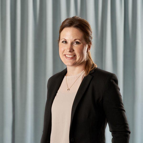 Emma Axelsson, paralegal