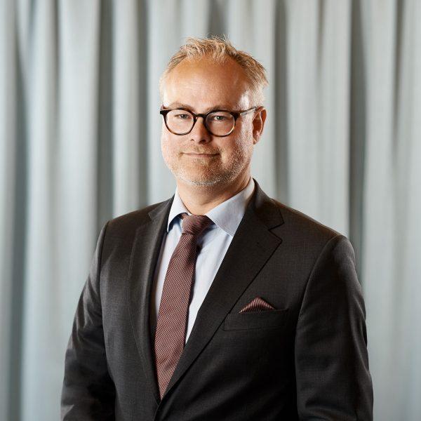 Fredrik Lager, advokat