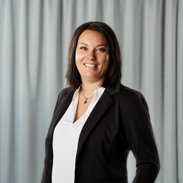 Ida Gustavsson, ekonomi