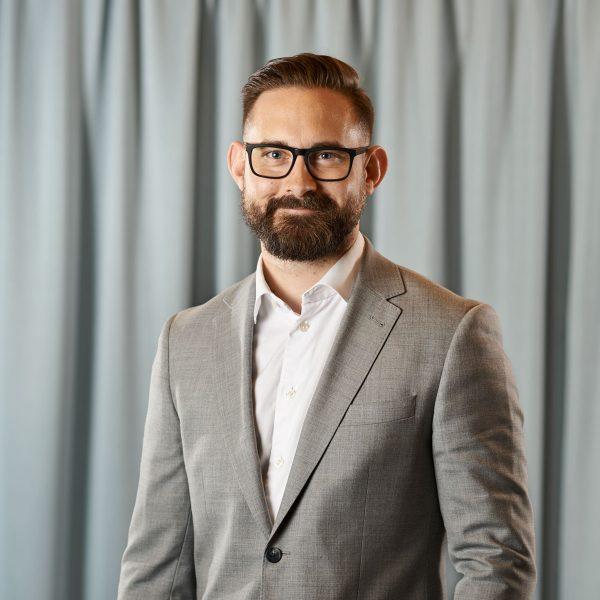 Tobias Petersson, biträdande jurist